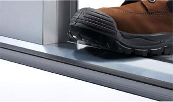 iso sektionaltore industrietore berdimensionale rolltore. Black Bedroom Furniture Sets. Home Design Ideas