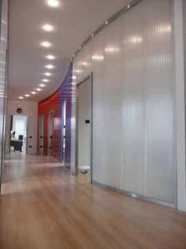 Policarbonato per facciate finestrature pareti e pannelli for Cloison translucide en polycarbonate